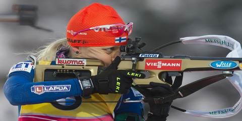 Финская биатлонистка Кайса Макарайнен