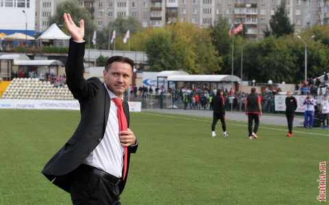 Дмитрий Аленичев на матче Амкар-Спартак 22 августа 2015