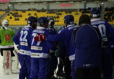 Сборная Финляндии по хоккею с мячом