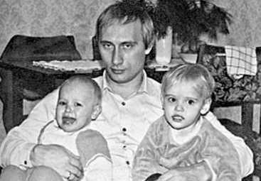 Путин с дочками