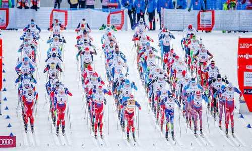 Норвежская лыжница Фалла выиграла спринт на первом этапе Кубка мира 2019/2020 в Руке