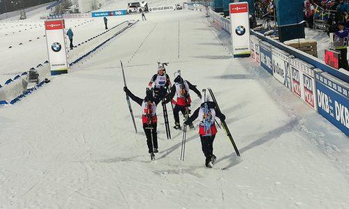 Норвежские биатлонисты-победители смешанной эстафеты ЧМ 2019