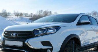 АвтоВАЗ отзывает у владельцев внедорожные хэтчбеки Lada Xray Cross из-за угрозы поломки рулевого управления
