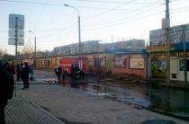 Пожар на рынке «Олимпия» в Дзержинском районе Волгограда потушен