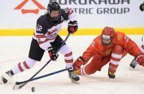 Женская молодежная сборная России по хоккею уступила канадкам в матче группового этапа МЧМ 2019 (девушки до 18 лет)