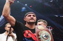 Российский боксер Сергей Ковалев победил Энтони Ярда, защитив титул чемпиона мира по версии WBO