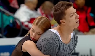 Танцевальный дуэт Екатерина Боброва и Дмитрий Соловьев