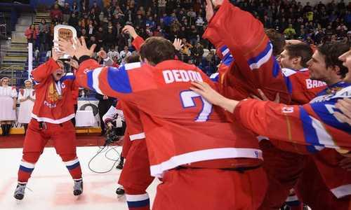 Сборная России завоевала бронзовые награды юниорского чемпионата мира 2017 по хоккею