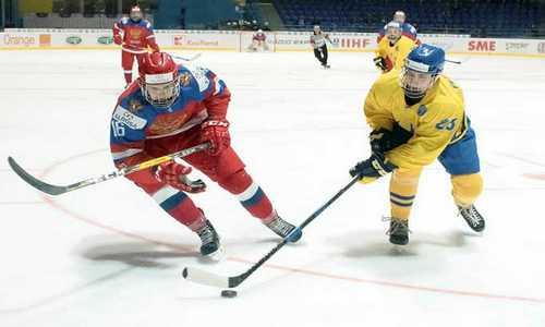 Юниорская сборная России с победы над Швецией стартовала на ЮЧМ 2017 по хоккею