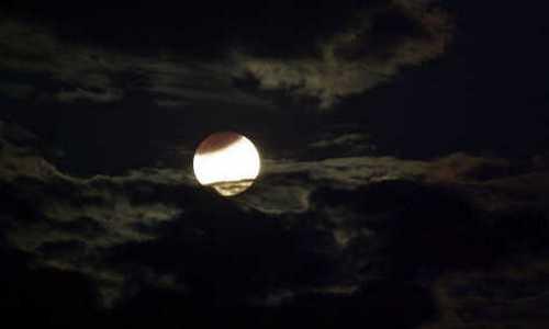 Лунное затмение увидят жители европейской части России в ночь с 16 на 17 июля