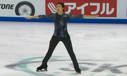 Американский фигурист Нэтан Чен лидирует после короткой программы у мужчин на чемпионате мира 2019 в Японии