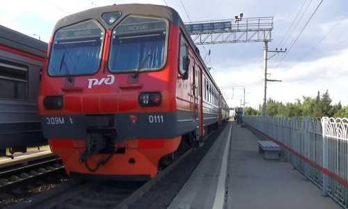 Электричка Волгоград-Волжский