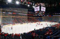Российский хоккеист ударил арбитра в матче чемпионата КХЛ «Локомотив»-«Йокерит»