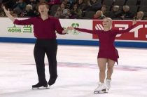 Российские фигуристы Тарасова и Морозов выиграли короткую программу у пар на московском этапе Гран-при