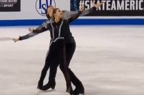 Дарья Павлюченко и Денис Ходыкин лидируют после короткой программы у пар на 3-м этапе Гран-при 2019 по фигурному катанию во Франции