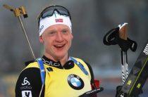 Норвежский биатлонист Йоханнес Бё стал победителем мужского спринта 22 марта на этапе КМ в Холменколлене