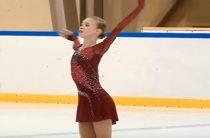 Майя Хромых лидирует после короткой программы у девушек в финале Куба России по фигурному катанию 2019